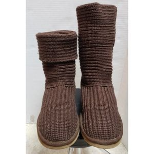 UGGS CLASSIC CROCHET BROWN WOVEN KNIT